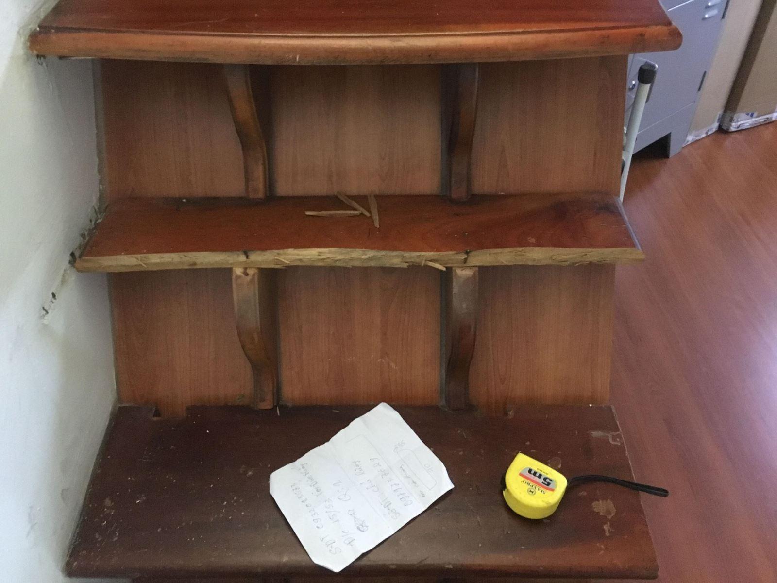 sửa cầu thang gỗ tại nhà tphcm
