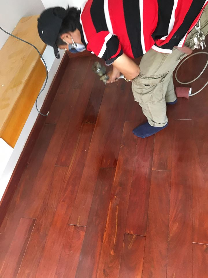 sơn sàn gỗ